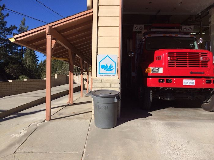 Bad sign placement at fire station